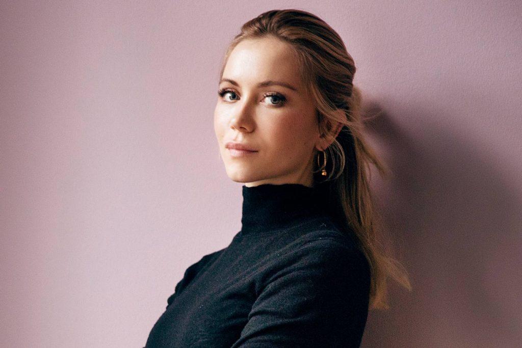 Von der Make-Up-Artistin aus Leidenschaft zur Unternehmerin mit Innovationssinn – Lesen Sie Natalie Franz' Geschichte.